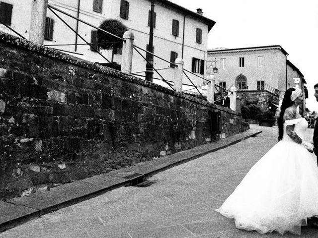 Il matrimonio di Marco e Gloria a Montalcino, Siena 32