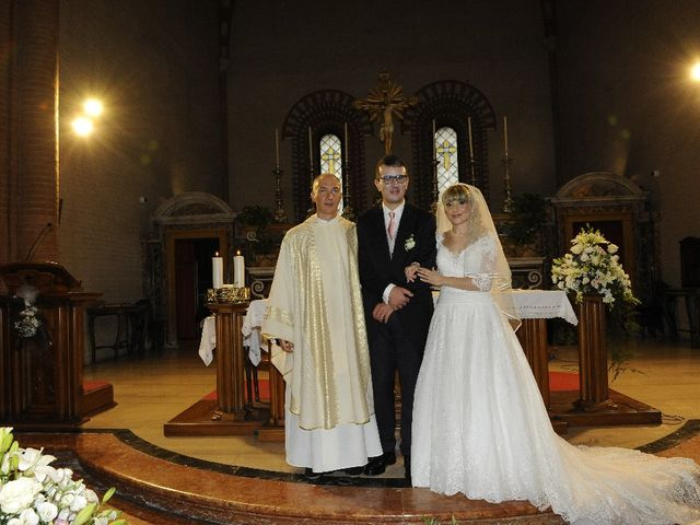Il matrimonio di Emanuele  e Isabella a Chiaravalle, Ancona 27