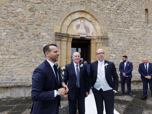 Il matrimonio di Rino e Linda a Caltanissetta, Caltanissetta 16