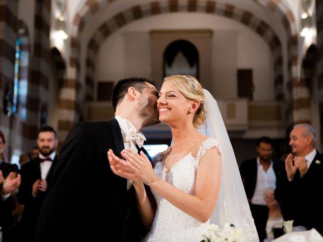 Il matrimonio di Marco e Roberta a Mosciano Sant'Angelo, Teramo 17
