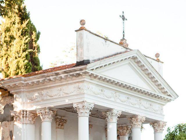 Il matrimonio di Marco e Roberta a Mosciano Sant'Angelo, Teramo 1