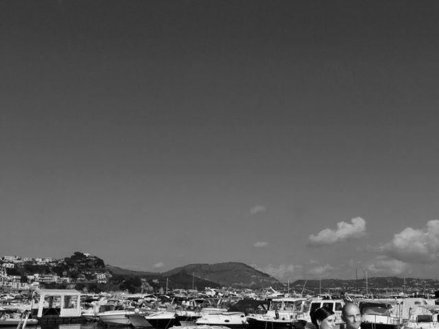 Il matrimonio di nino e anna a Bacoli, Napoli 20