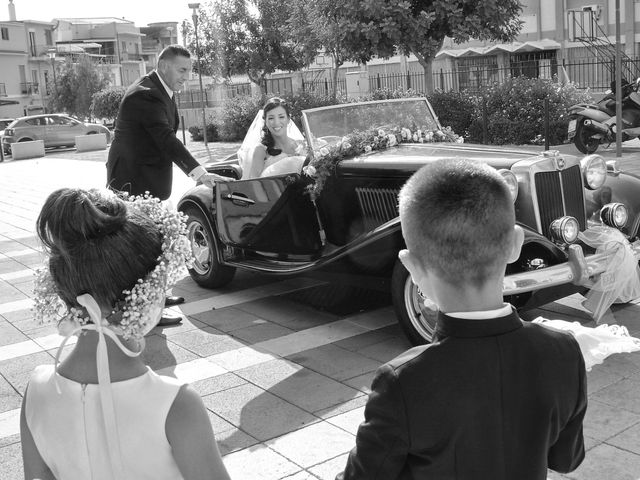 Il matrimonio di Morena e Peppe a Barcellona Pozzo di Gotto, Messina 22