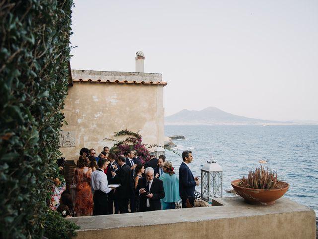 Il matrimonio di Gaetano e Serena a Napoli, Napoli 32