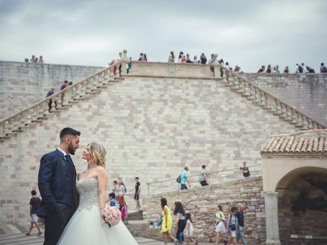 Il matrimonio di Andrea e Flaviana a Fabriano, Ancona 11