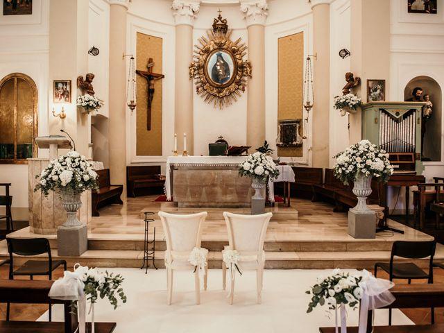 Il matrimonio di Daniela e Luca a Ancona, Ancona 17