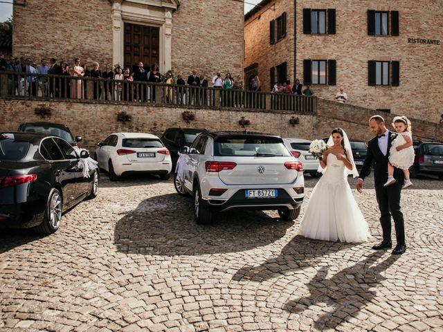 Il matrimonio di Daniela e Luca a Ancona, Ancona 19