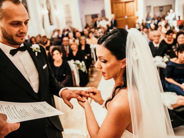 Il matrimonio di Daniela e Luca a Ancona, Ancona 30