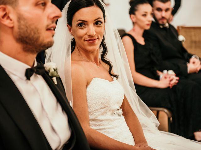 Il matrimonio di Daniela e Luca a Ancona, Ancona 38