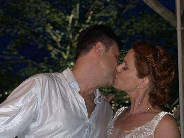 Il matrimonio di Lorenzo e Martina a Prato, Prato 14