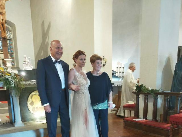 Il matrimonio di Lorenzo e Martina a Prato, Prato 18