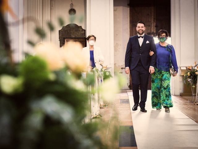 Il matrimonio di Elizabeth e Davide a Offida, Ascoli Piceno 17