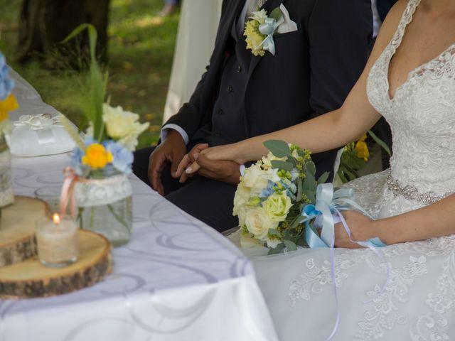 Il matrimonio di Lucky e Giulia a Scaldasole, Pavia 14