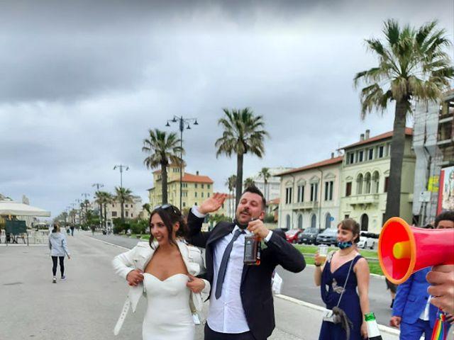 Il matrimonio di Stefano e Barbara a Viareggio, Lucca 10