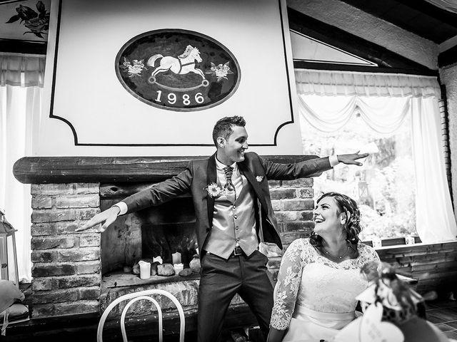 Il matrimonio di Matteo e Alessandra a Fino Mornasco, Como 32