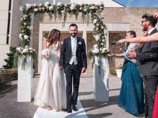 Il matrimonio di Umberto e Maria a Santa Maria Capua Vetere, Caserta 76