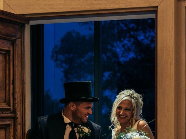 Il matrimonio di Gianluca e Elisabeth a Fermo, Fermo 15