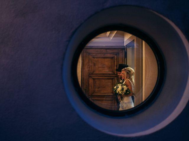 Il matrimonio di Gianluca e Elisabeth a Fermo, Fermo 33