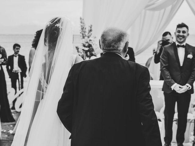 Il matrimonio di Lorena e Giovanni a Bacoli, Napoli 24