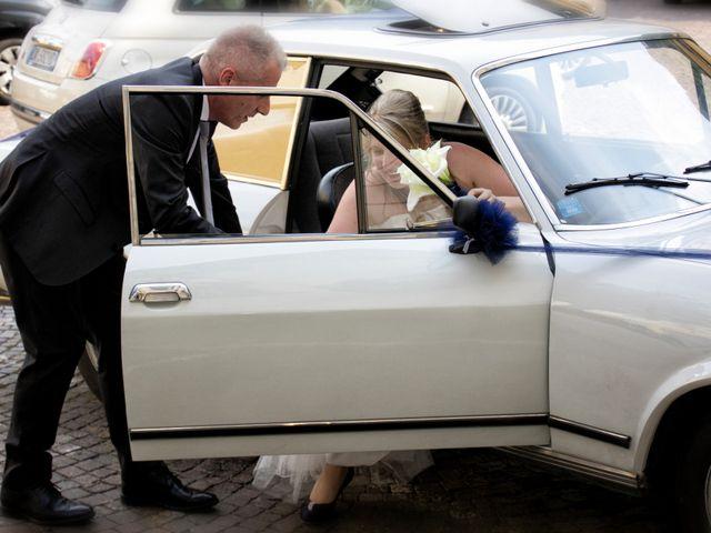 Il matrimonio di Francesco e Emanuela a Dongo, Como 22