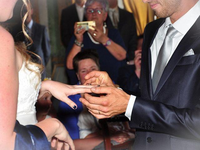Il matrimonio di Francesco e Emanuela a Dongo, Como 30