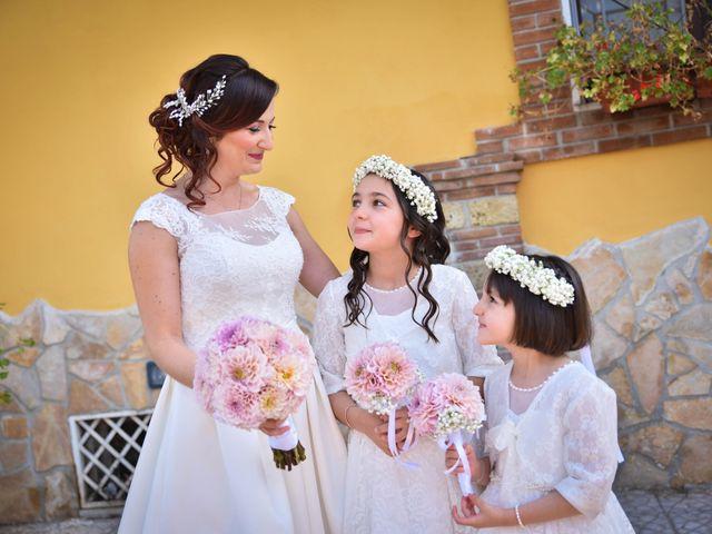 Il matrimonio di Luca e Doride a Castellammare di Stabia, Napoli 23
