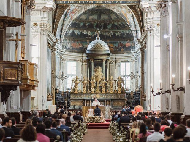 Il matrimonio di Gianluca e Clara a Orsenigo, Como 8