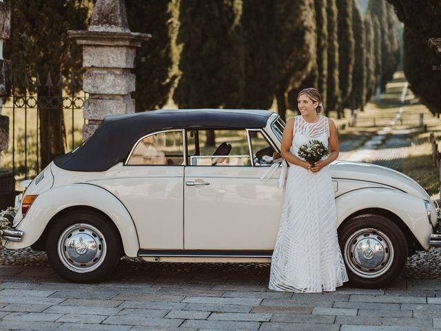 Il matrimonio di Gianluca e Clara a Orsenigo, Como 30