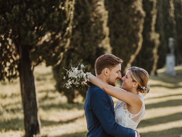 Il matrimonio di Gianluca e Clara a Orsenigo, Como 37