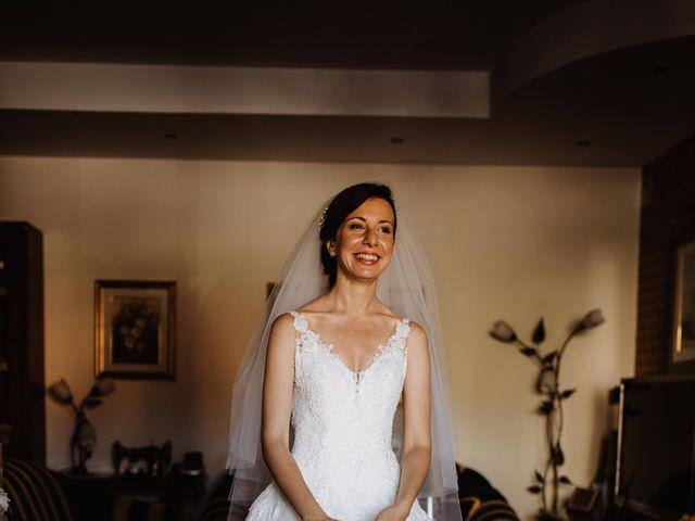 Il matrimonio di Valentina e Francesco a Fiastra, Macerata 30