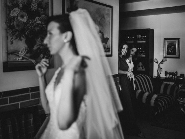 Il matrimonio di Valentina e Francesco a Fiastra, Macerata 36