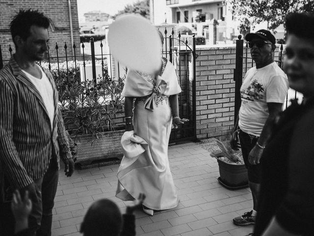Il matrimonio di Valentina e Francesco a Fiastra, Macerata 38