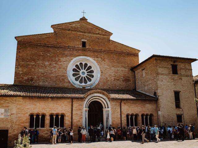 Il matrimonio di Valentina e Francesco a Fiastra, Macerata 49