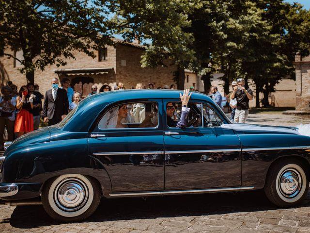 Il matrimonio di Valentina e Francesco a Fiastra, Macerata 53