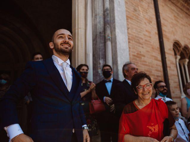 Il matrimonio di Valentina e Francesco a Fiastra, Macerata 56