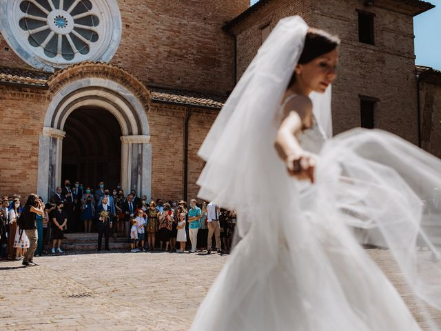 Il matrimonio di Valentina e Francesco a Fiastra, Macerata 57