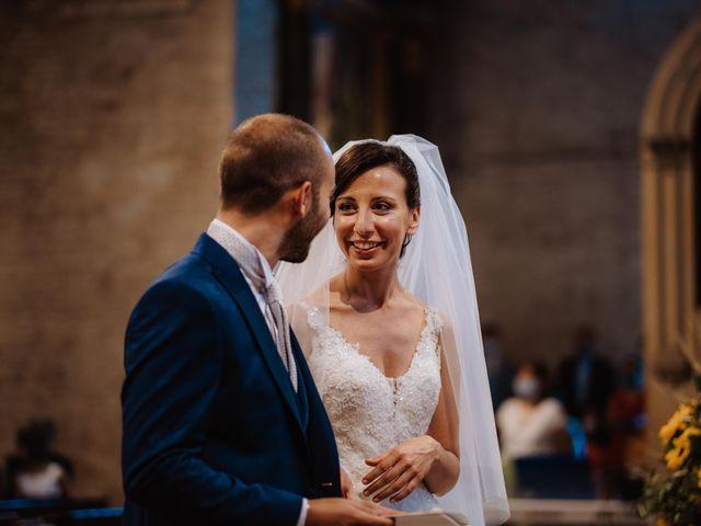 Il matrimonio di Valentina e Francesco a Fiastra, Macerata 64