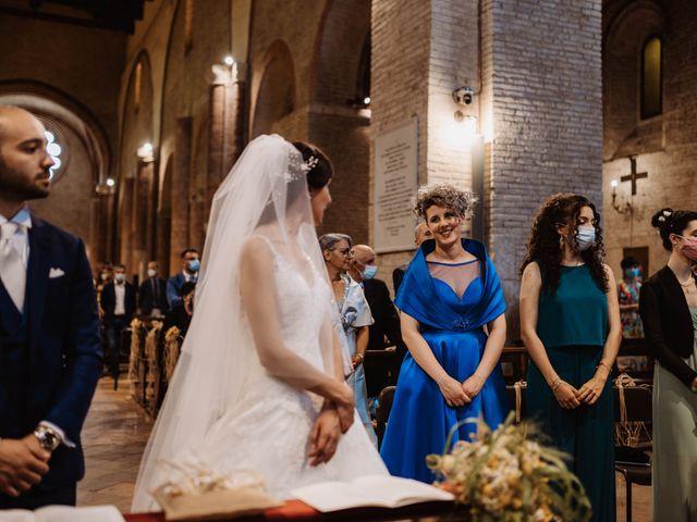 Il matrimonio di Valentina e Francesco a Fiastra, Macerata 80