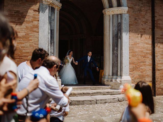 Il matrimonio di Valentina e Francesco a Fiastra, Macerata 91