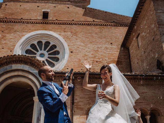Il matrimonio di Valentina e Francesco a Fiastra, Macerata 95