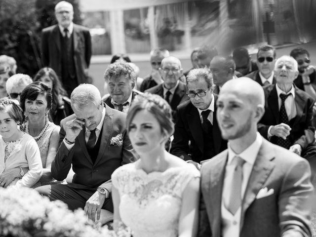 Il matrimonio di Pietro e Jessica a Vinzaglio, Novara 16