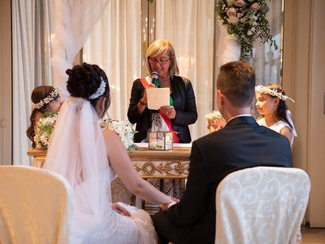 Il matrimonio di Fabio e Enxi a Bologna, Bologna 32