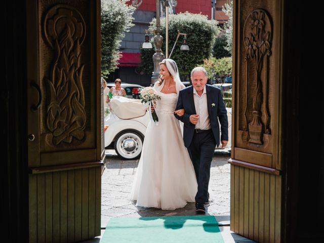 Il matrimonio di Luca e Marta a Frattaminore, Napoli 13