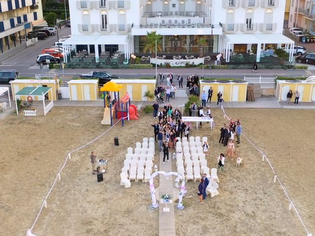Il matrimonio di Emanuele e Eleonora a Bellaria-Igea Marina, Rimini 19