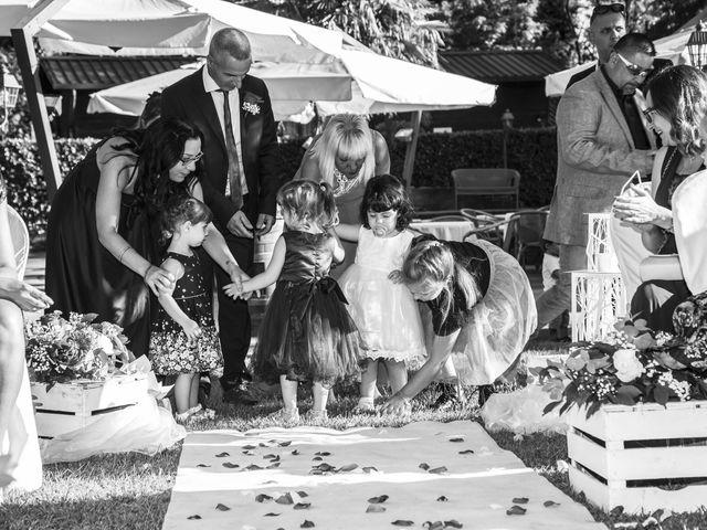 Il matrimonio di Gianluca e Daniela a Cogliate, Monza e Brianza 14