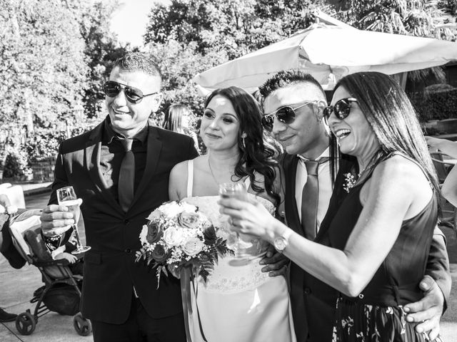 Il matrimonio di Gianluca e Daniela a Cogliate, Monza e Brianza 18