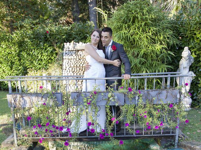 Il matrimonio di Gianluca e Daniela a Cogliate, Monza e Brianza 23