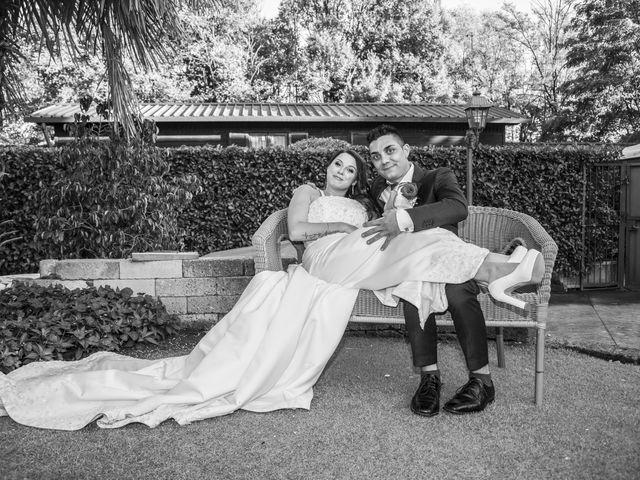 Il matrimonio di Gianluca e Daniela a Cogliate, Monza e Brianza 26