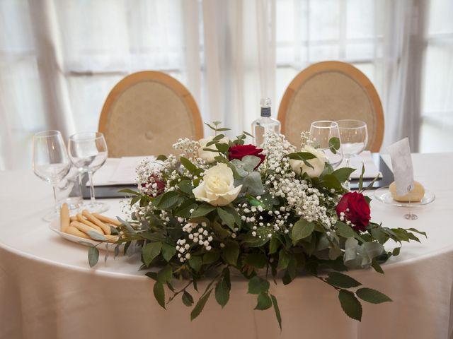 Il matrimonio di Gianluca e Daniela a Cogliate, Monza e Brianza 31
