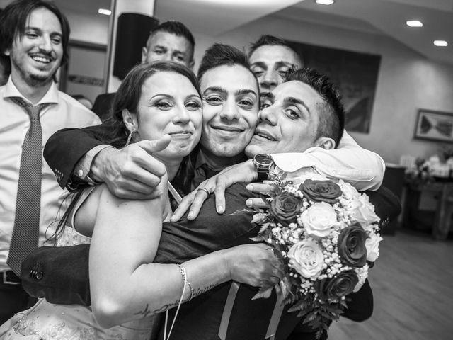 Il matrimonio di Gianluca e Daniela a Cogliate, Monza e Brianza 38